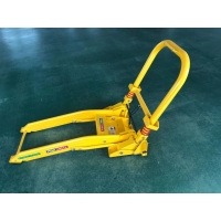 Quality 20Kg Folding Parking Anti Ram Vehicle Barriers Rubber Plate for sale