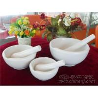 China Ceramic mortar and pestle on sale