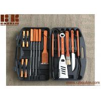 China Barbecue Set with Wooden Handles in Carrying Case, Barbecue Grill Set, Outdoor Grill Set on sale