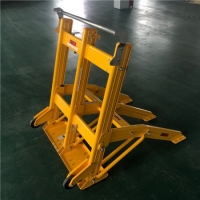 Quality Foldable Rubber Portable Vehicle Barricades Bending Welding for sale