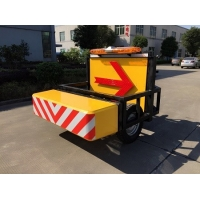 Quality LED Direction Arrow Retractable Mobile Vehicle Barrier With Patent Certification for sale