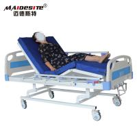 Quality Three Cranks Manual Hospital Beds , Adjustable Patient Bed Easy Operation With Controller for sale