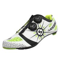 China Light Weight Carbon Fiber Cycling Shoes , Tough Outsole Bike Bicycle Sneakers on sale