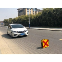 Quality Cross Line LED Dynamic Flashing LED Arrow Board 7kg Weight for sale