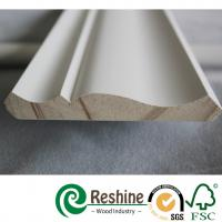 Quality Primed finger joint wood pine flooring baseboard door casing ceiling crown moulding for sale