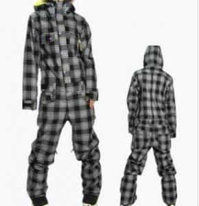 China Nice Apparel Garments ski suits women on sale