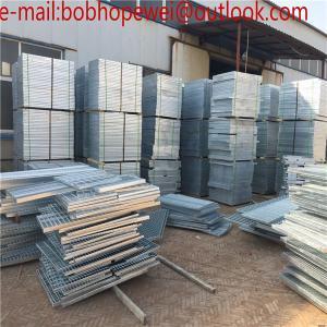 China catwalk hot dipped galvanized steel grating/hot dipped galvanized steel grating used in industrial platform on sale