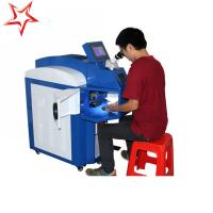 Quality Small Deformation Jewelry Laser Welding Machine Ergonomic 400 W Laser Power for sale
