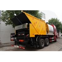 Quality HOWO 6*4 Road Construction Bitumen Tank And Gravel Synchronous Slurry Seal Chip Sealer Truck for sale