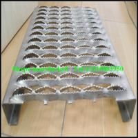 Quality perforated metal safety grating for sale