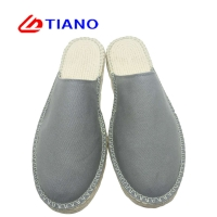 China Flat Men Women Cushioned Canvas Espadrilles Shoes on sale