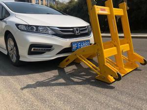 Quality Low Speed Road 25KG Mobile Vehicle Barrier With Rubber Wheels for sale