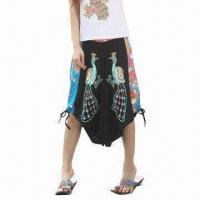 China Patchwork Ladies Casual Capri Pants, Made of Cotton and Linen on sale