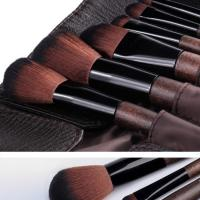 Quality Professional OEM Vegan Makeup Brushes PU New Material Handle Easy To Use for sale