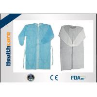 Quality Nonwoven Disposable Dressing Gowns Hospital Scrubs With Elastic Cuff Anti Blood for sale