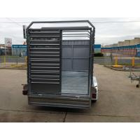Quality Double Axle Cattle Crate Trailer With An Extra Wheel / Hydraulic Brake Drum for sale