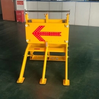 Quality LED Arrow Collapsible Vehicle Interception Barrier Yellow for sale
