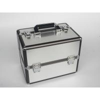 Quality Aluminum beauty case with gray frame silver makeup case portable handle to storage cosmetics and tools for sale