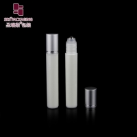 China 2020 new products white color empty cosmetic plastic roller ball bottle with steel ball on sale