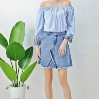 China Young Ladies Short Denim Mini Skirt With Pearls , Women's A Line Denim Skirt on sale
