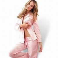 China Women's Pajama Set with Nice Printing, Customized Colors are Accepted on sale