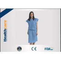 Quality Short Sleeve Disposable Isolation GownsNon Woven Heavy Blue Medline Gowns Anti Permeate for sale