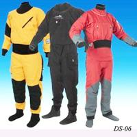 China Keeping warm ventilable dry suit for fishermen design diving/fishing products on sale
