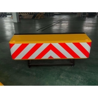 Buy cheap Buzzer Collapsible Aluminum Alloy Truck Mounted Attenuator HS-80W-LT from wholesalers