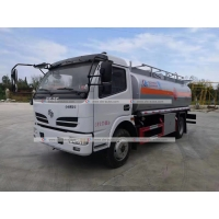 Quality 6000L Mobile Fuel Refueling Tanker Delivery Truck 6tons Oil Dispenser Truck for sale