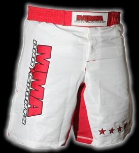 Quality Customize mens boxing shorts MMA Training Rashguard in White for sale