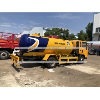 Quality Sinotruk HOWO 8000liters 8cbm LPG Bobtail Truck 3ton 4ton Road Tanker LPG Gas Delivery Truck for sale