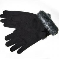 Quality 100% Polyester Women's Gloves with Fake fur for sale