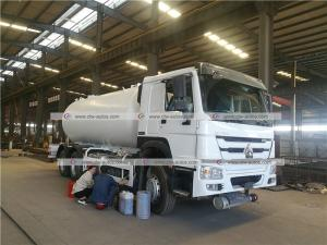 Quality SINOTRUK HOWO 20m3 10ton LPG Bobtail Truck Cooking Gas Dispenser Tanker Truck for sale