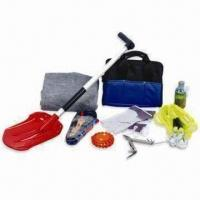Quality Car Emergency Kit, Includes Ice Scraper and Torch, Suitable for Winter for sale