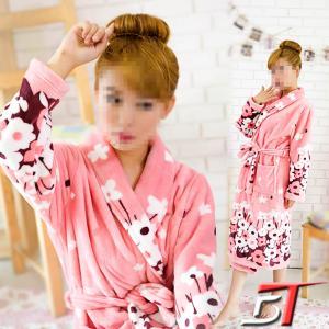 China 210gsm Plush 100% polyester Women's pyjamas on sale
