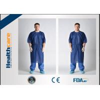 Quality Waterproof Short Sleeve Disposable Patient Gown PP / SMS / SMMS / SMMMS Material for sale