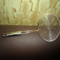 Quality Galvanized Wire Mesh Skimmer, Made of Stainless Steel, with Wooden and Plastic Handle for sale