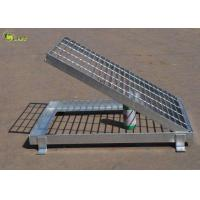 Quality Hot Dip Galvanized 80 Micron Steel Bar Grating Serrated Gird Step Stair Floor for sale