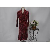Quality Bottom print cut pattern flannel Grey , Red fleece bath robes with 2 pocket and belt for sale