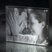 Quality Commercial Custom Clear 2 Sided Acrylic 2x3 Picture Frames 3x4 Picture Frame for sale