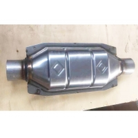 Quality Auto Exhaust System Stainless Steel Oval Catalytic Converter Inlet / Outlet 57mm for sale