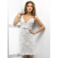 Quality Straps V Neckline Short Wedding Dress , Sexy Mermaid Lace Short Wedding Gown for sale