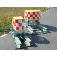 Quality Fork Road Anti Collision Highway Crash Attenuator Aluminum Alloy for sale