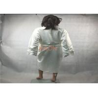 China Personalized Silk  Luxury Hotel Bathrobes Robes With two pocket on sale
