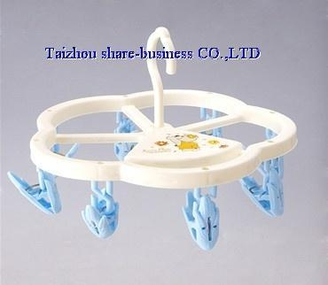 Buy XY-10025-1 plastic cloth hanger at wholesale prices