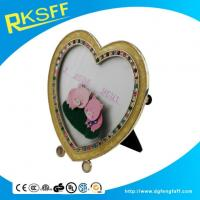 China Zinc Alloy Heart-shaped Photo Frame on sale