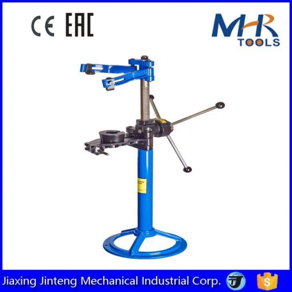 Buy 1Ton Auto Tool Hand Operatio Mechanical Strut Coil Spring Compressor Machine at wholesale prices