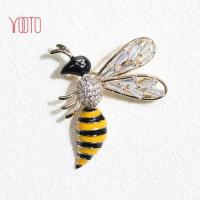 Quality AAA cubic zirconia diamond bee brooch enamel insect brooch for sale