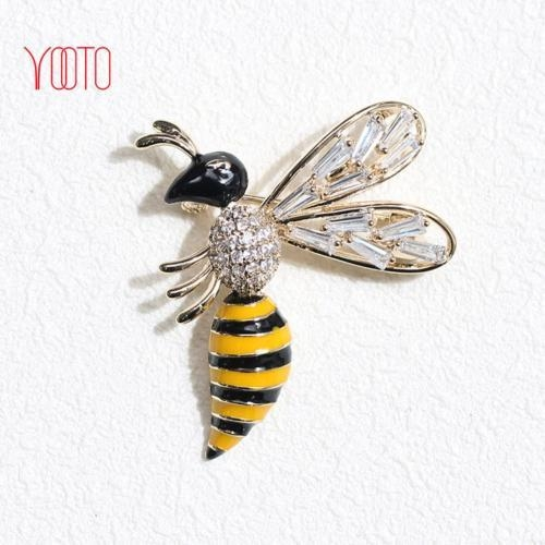 Buy AAA cubic zirconia diamond bee brooch enamel insect brooch at wholesale prices