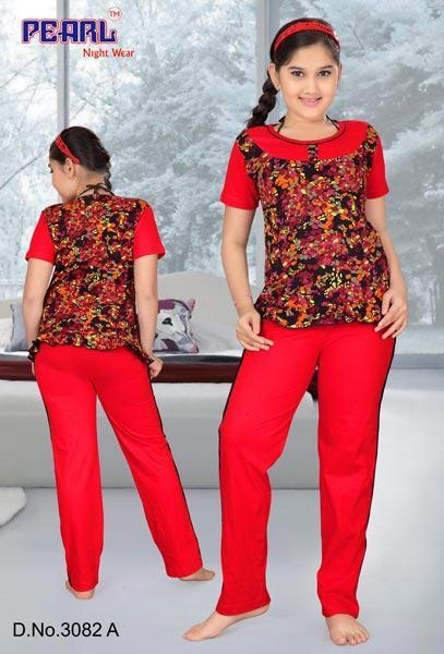 Buy Girls Night Suit at wholesale prices